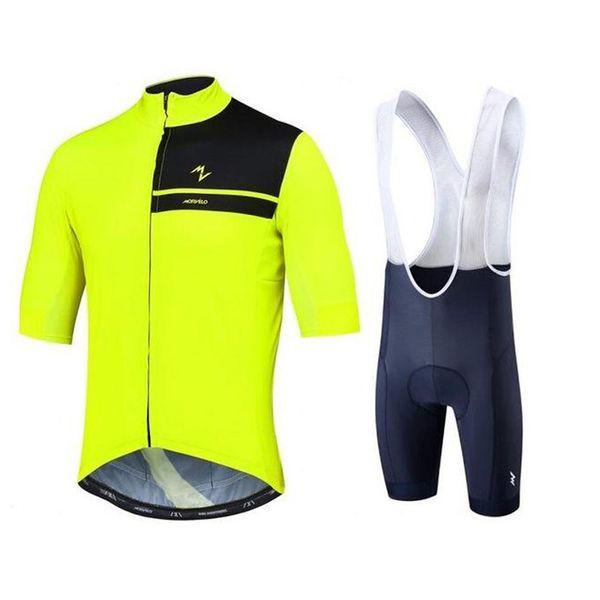 Jersey y pantalones cortos 06
