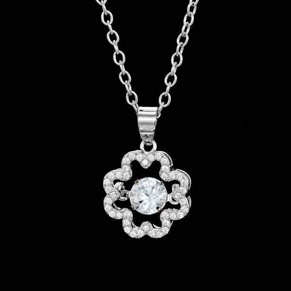 Koreanische Version der heißen Mode einfach eingelegten Zirkon Halskette Krone Kern dynamische süße Mikro-Intarsien Anhänger Schmuck Yiwu Großhandel