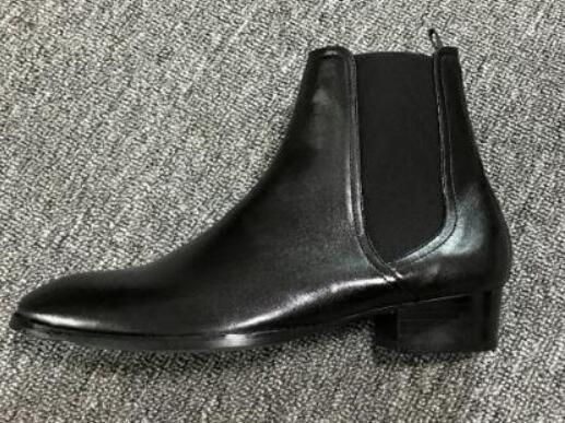 Stivali eleganti da uomo di alta qualità realizzati a mano in pelle nera con zeppa e stivali eleganti con punta a punta