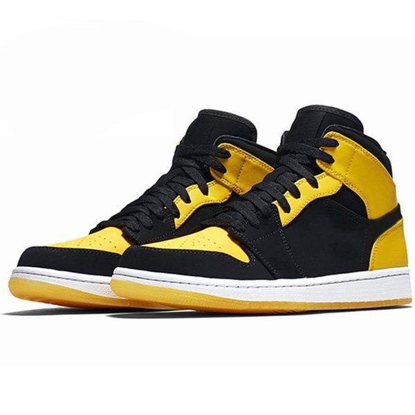 # 22 New Love com marca amarela