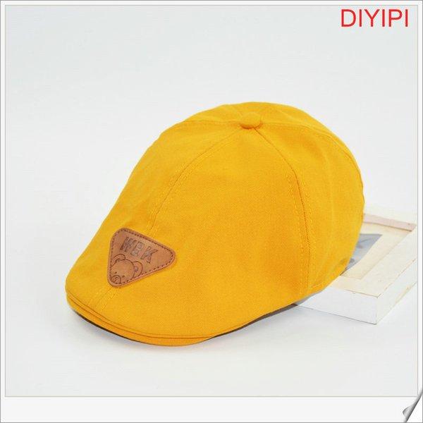Oso amarillo triangular Estándar