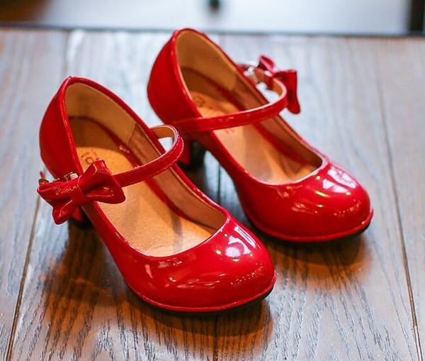 2019 Yeni Moda Çocuk Deri prenses ayakkabı kızlar dans papyon Sandalet parlak Düz renk topuklu parti çocuk ayakkabıları