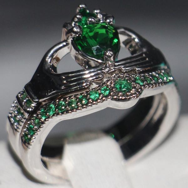 Claddagh Fashion Jewelry chouchong Unique Desgin 10KT White Gold Filled Heart Shape Emerald Gemstones CZ Diamond Women Wedding Couple Ring