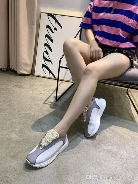 Mulher Sandálias Designer Shoes Luxo Deslize Summer Fashion Ampla Plano Slippery Sandals Slipper Virar tamanho Flop 35-40 xyh19042805