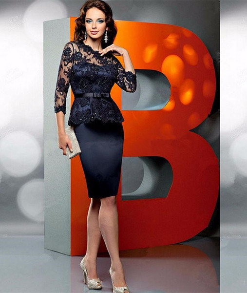 3/4 Long Sleeves Lace Mother of the Bride Dresses with Peplum Zipper Back Cocktail Party Gowns Knee Length Short Dress
