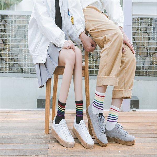 2019 2019New Men Women Socks Autumn Winter Unisex Cotton Rainbow Striped  Socks Xmas Fashion Warm Chrismas Sports Breathable Socks From Wulumuqiii,