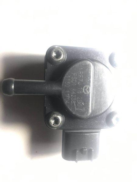 Дизельный датчик перепада давления выхлопных газов OEM RF7J182B5 для 2007 года Mazda 6 2.0