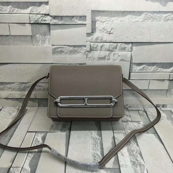 2019 Latest Genuine Cow Leather Soft Skin Women Shoulder Bag Lady Cross Body Messenger Bag With Metal Cover Grey Color Tan