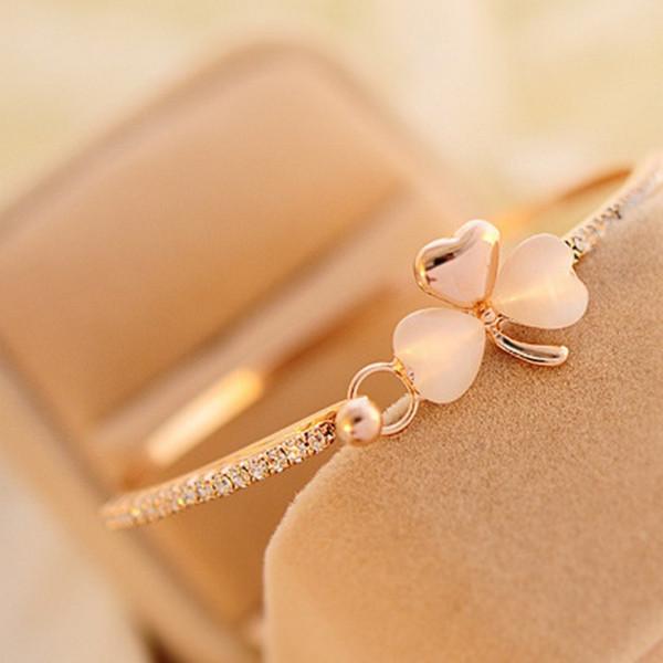 Mossovy Delicato Bowknot Peach Cuore Foglia Braccialetti Bracciali Charms gioielli Golden Bracele Braccialetto di nozze per le donne Bijoux