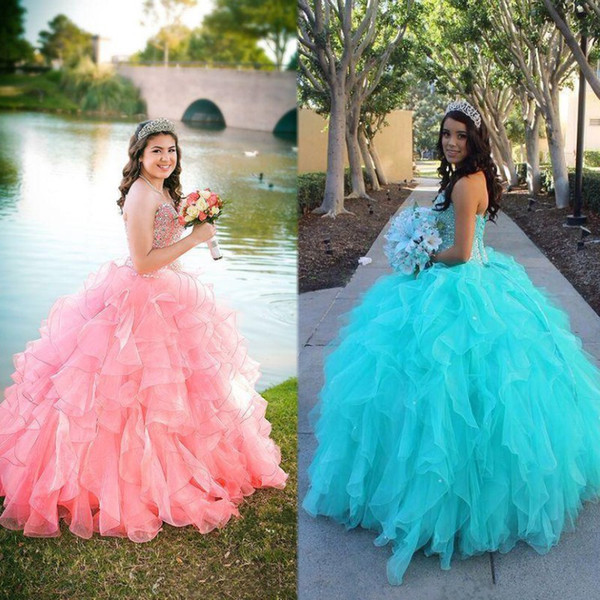 2020 Pink Blue Organza Ball Gown Quinceanera Dresses Sweetheart Beaded Tiered Ruffles Long Junior Sweet 16 Prom Party Pageant Gown