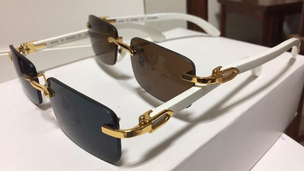Verres en bois de concepteur de marque 2018 en gros de corne de buffle pour hommes femmes lunettes de soleil buffalo clair brun cadre en bois avec boîte