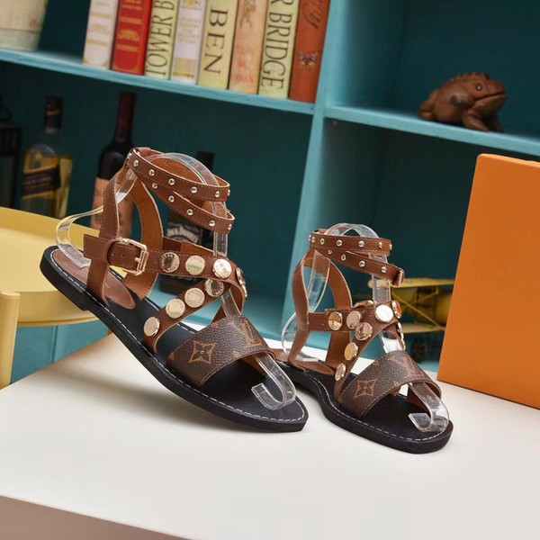 Bahar satış Süper marka tasarımcı sandalet Gladyatör sandalet vintage deriden yapılmış Kadın sandalet bayan ayakkabıları VI237 51