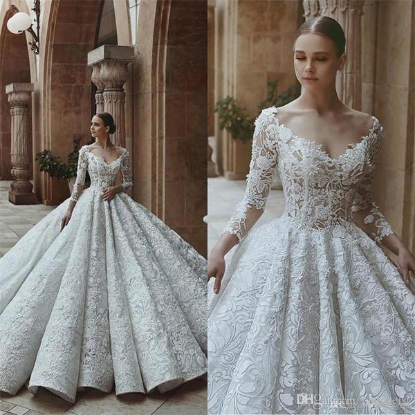 Luxury Saudi Arabic 2019 Ball Gown Wedding Dresses Long Sleeves Scoop V Neck Dubai Crystal Beaded Lace Bridal Gowns Vestido De Novia
