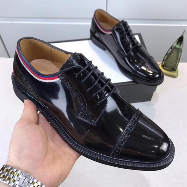 Allenatore Uomo 2020 Nuovi design di lusso Scarpe casual da uomo Designer Superstar Scarpe classiche da uomo di design 38-45