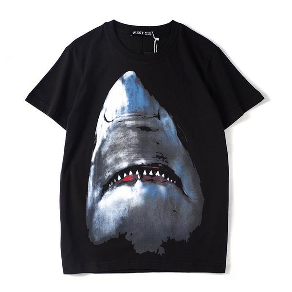 2019 designer de alta qualidade de impressão digital europeu e americano tubarão em torno do pescoço pullover digital de injeção direta de manga curta T-shirt