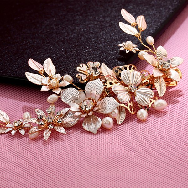Gold Color Elegant Fresh Water Pearl Hair Combs Crystal Bridal Women Alloy Flowers Wedding Hair Jewelry Clip Accessories