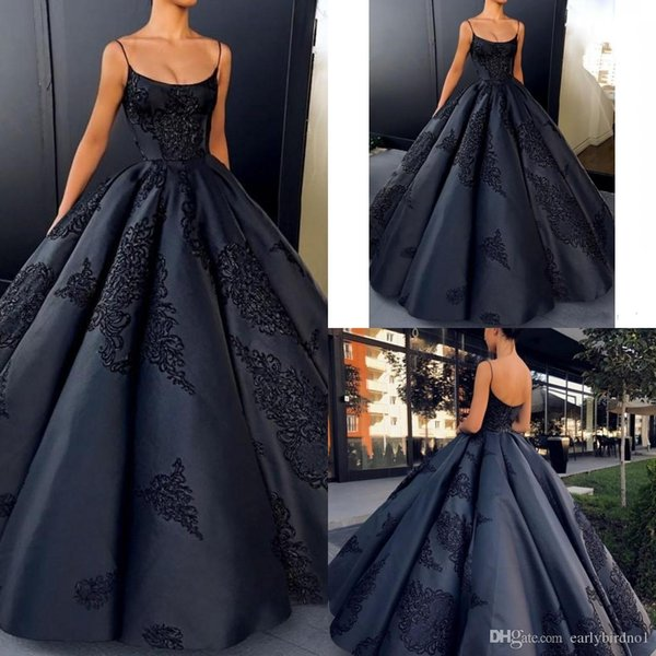 Robes de Soiree Quinceanera Prom Dresses Long Spaghetti Straps Ball Gown Evening Gowns Lace Applique Satin Cocktail Party Dress Formal Gown