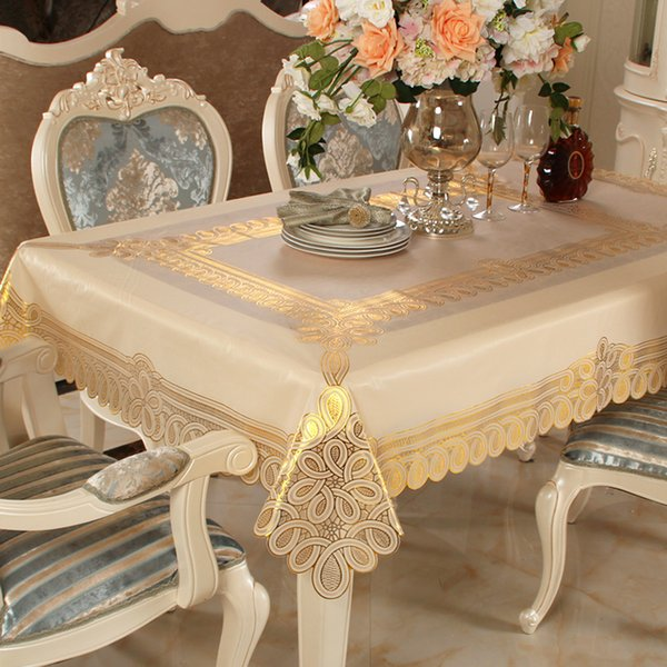Nappe De Table En Plastique