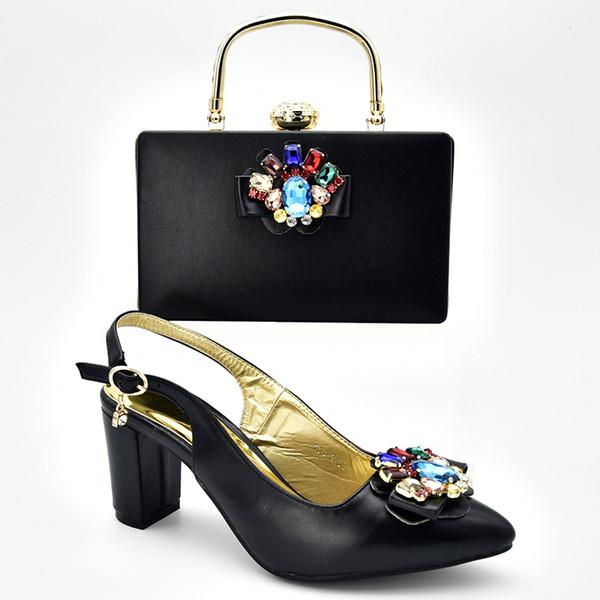 Новейшие дизайнерские африканские туфли и набор сумок для вечеринки Итальянские нигерийские женщины Свадебные туфли и набор сумок, украшенные стразами
