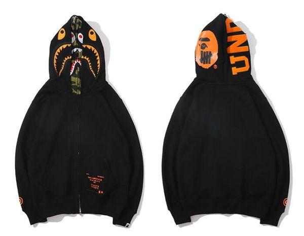Venta al por mayor bordado clásico suéter con capucha personalidad juvenil camuflaje con capucha primavera y otoño abrigo gratis post