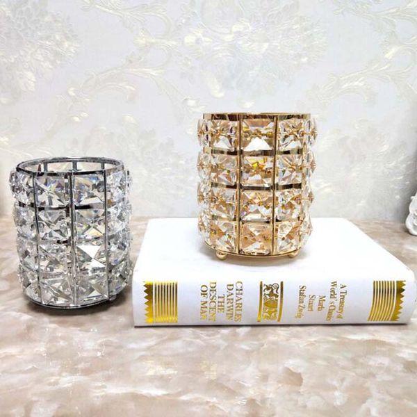 Portacandele di cristallo di lusso Candelabri di cerimonia nuziale per la decorazione domestica del tavolo Puntelli romantici di cena a lume di candela Decorazione di candelabro