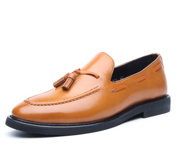 2019 Calzado de hombre Cuero Casual Conducción Oxfords Pisos Mocasines Mocasines Zapatos para hombre Tallas grandes