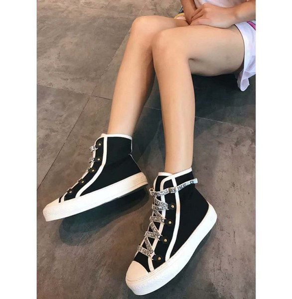 Fashion Designer Casual Shoes Women Men Mens Daily Lifestyle Skateboarding Shoe Luxury Trendy Platform Walking Trainers ys19022002