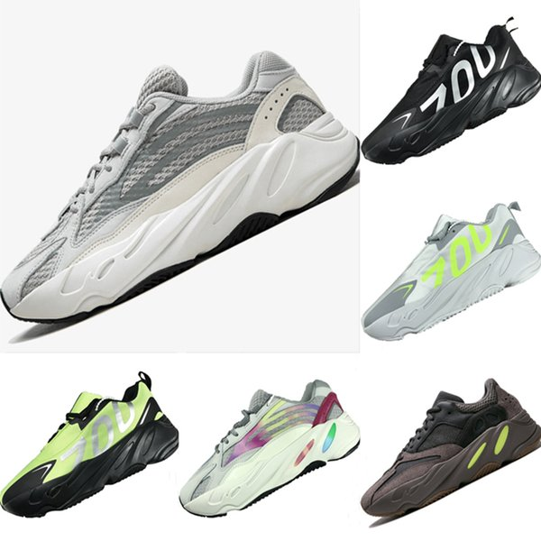 With Box 2019 Breathable 700 V2 Runner Leather and Mesh Kids Outdoors Sneakers Runner 700 V2 Tech Bubble Cushioning Kids Athletic Shoes