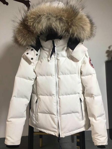 Luxuriöse Kanada Frauen Winter Ente Daunenmantel 100% Echt Große Echt Wolf Pelzkragen Mit Kapuze Daunenjacke Dicke Warme Daunenparkas.