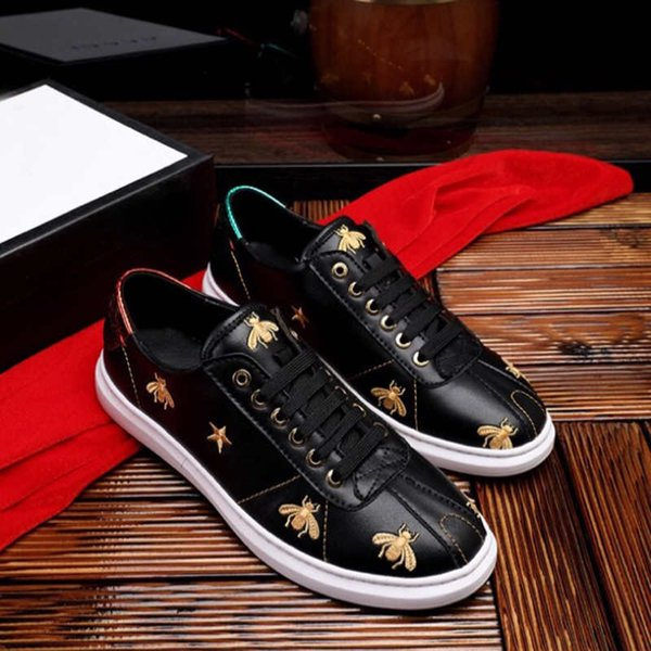 Designer Shoes Mens Luxury Shoes for Adult Fashion Brand with Bee Embroidery New Tide Casual Shoes Black and White