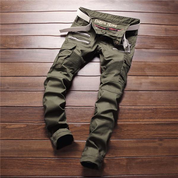 Jeans a maniche lunghe con cerniera multi tasche da uomo di nuovo modo degli uomini di grandi dimensioni Moda casual verde militare Denim Jeans Denim Fashion Designer Pant