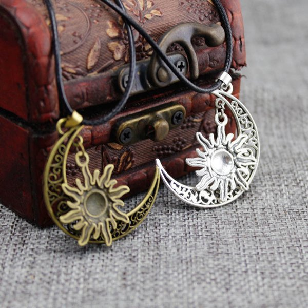 Wholesale Fashion European and American explosion models Sun Moon multi color pendants Leather rope men's wild necklace factory directly