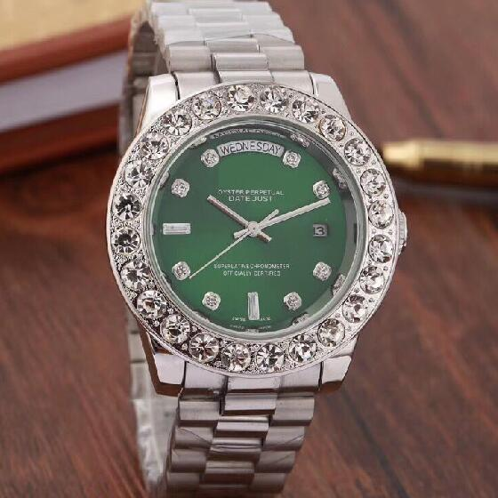 2019 Top Brand Men Business Watch Luxury Diamond Quartz Watches Silver Stainless Band Green Large Dial Double Calendar Wrist watch Male 44MM