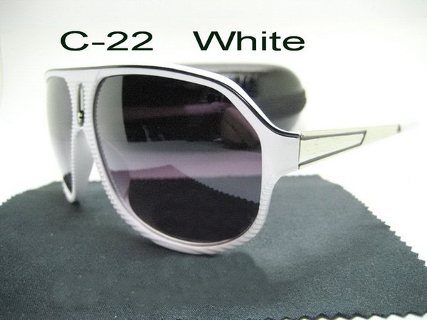 C-22 blanc
