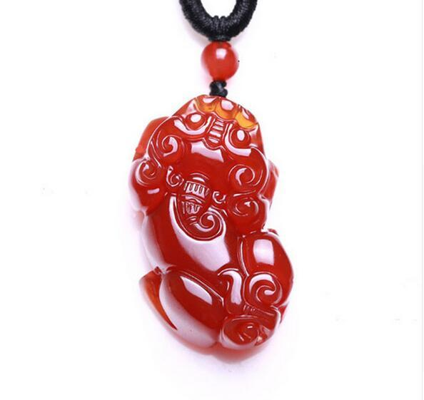 natural red stone pendant PIXIU Hand Carved gift men and women free shipping