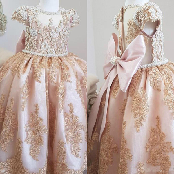 Luxurious Pearls Lace 2019 Flower Girl Dresses Short Sleeves Little Girl Wedding Guest Dresses Vintage Pageant Party Gowns