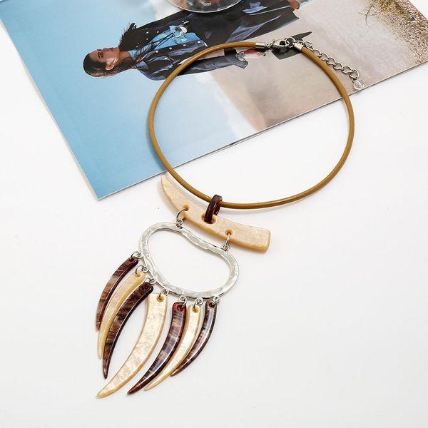 Style Ethnique Acrylique Imitation Ivoire Tassel Pendentif En Cuir Corde Chaîne Collier Ras Du Cou Femmes Ras Du Cou Déclaration Colliers collares
