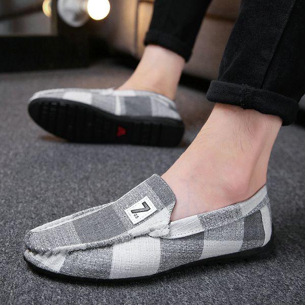 2019 Homens de Verão Sapatos Casuais Planas Deslizar Sobre Confortável Macio Sapatos Masculinos Canvas Alpercatas Moda Tendência Mocassins Pretos Homens