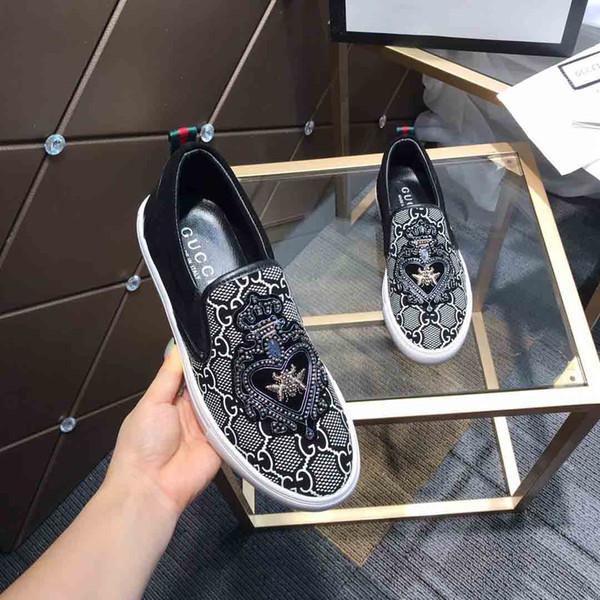 Neue arrivel loafer Mode für Männer Schwarze Lederoberfläche mit Musterentwurf Luxusmarken Freizeitschuh Teller-forme Wanderschuhe # 2F