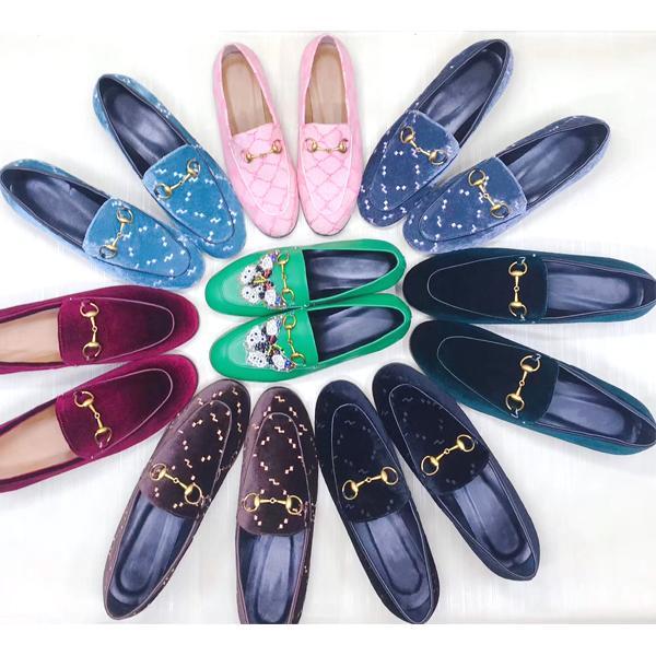 Femmes Designer chaussures fourrure Mules Pantoufles Mocassins Chaussures 100% Animaux En Cuir Véritable Princetown Métal Chaîne Pantoufles En Cuir avec BOX NOUS 11.5