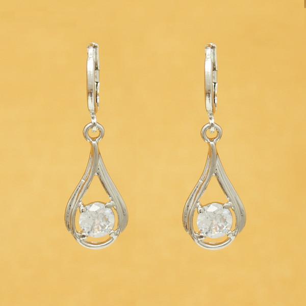 Ohrentemperament einfache Mini Diamant Zirkon Anhänger Ohrringe Ohrringe weibliche koreanische Version der einfachen wilden Ohrringe