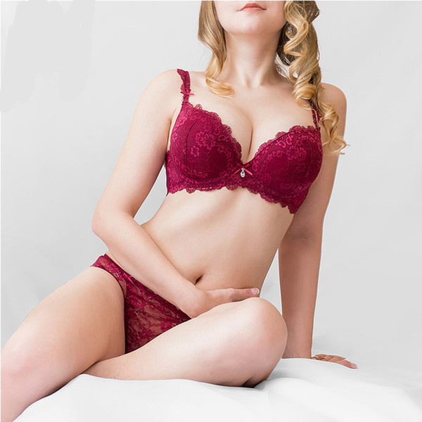 New Women's underwear Set Lace Sexy Push-up Bra And Panty Sets Bow Comfortable Brassiere Young Bra Adjustable Deep V Lingerie