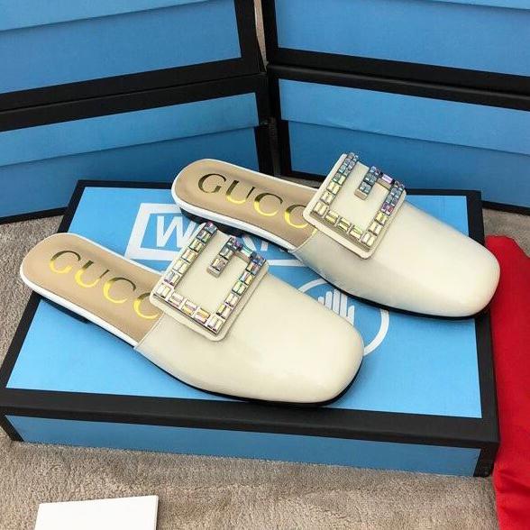 Nuove pantofole da donna primavera primavera 2019, pantofole piatte di design da donna, pantofole a forma di cavallo Mocassini outdoor in vera pelle