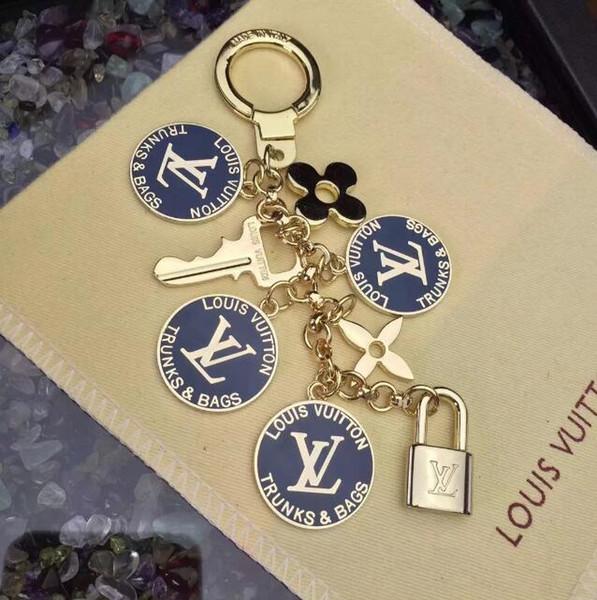 2019 nouvelle marque luxe porte-clés haut de gamme et porte-clés porte-clés porte Clef cadeau hommes et femmes souvenir voiture sac pendentif boîte