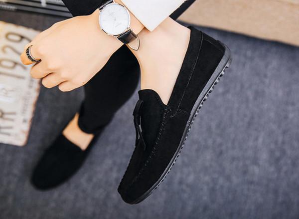2019 Sandalias de cuero de verano Zapatos casuales de hombre Zapatos huecos de cuero simples negros Ligeros y suaves y transpirables zapatos con orificios de cuero de vaca 36-45