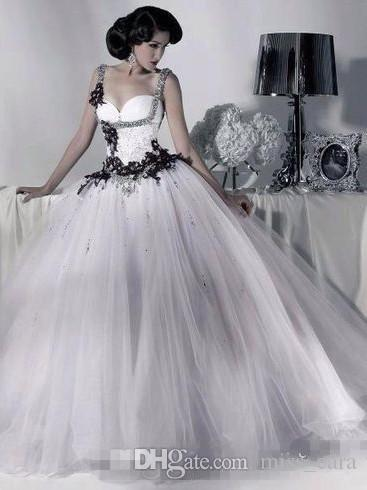 Vintage White and Black Tulle Wedding Dresses Beaded Spaghetti Strap Gothic Bridal Gowns Corset Halloween 2019 Vestidos Long