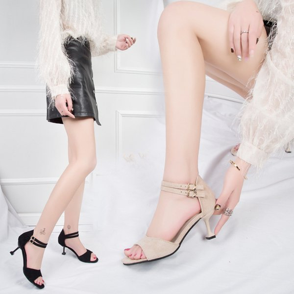 Magical2019 One Woman Sandals Word Black Toe Bring Rough Buckle With Exceed Fire Fairy Joker High-heeled Shoes