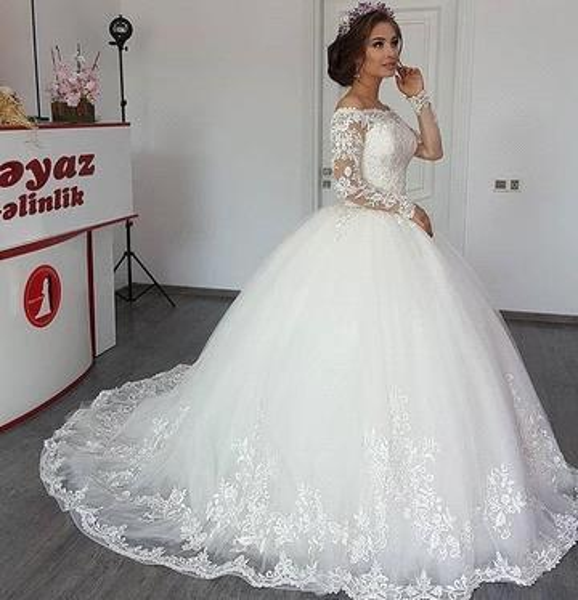 2019 Lace Ball Gown Wedding Dresses Plus Size Off Shoulder Lace Applique Tiered Tulle Wedding Dress Bridal Gowns vestido de noiva victorian