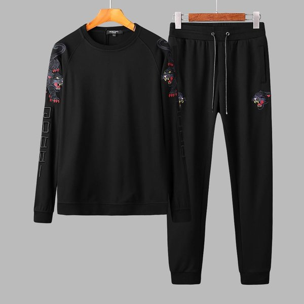 New popular style recommended autumn and winter men leisure cotton suit black tiger embroidery comfortable and smooth fabric