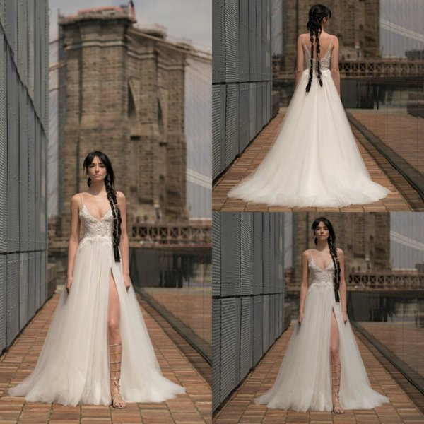 2019 Beach Wedding Dresses Spaghetti Lace Appliqued A Line Side Split Boho Bridal Gowns Sweep Train Simple Wedding Dress Robe De Mariée